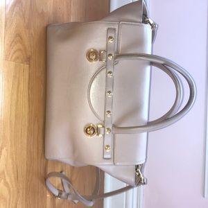 01952cc83f Versace Bags - VERSACE Signature Large Handbag in Blush
